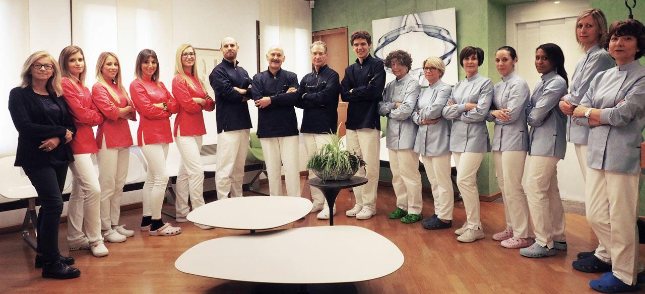 Team dello Studio Dentistico Pasini Steffan Celant Rosso
