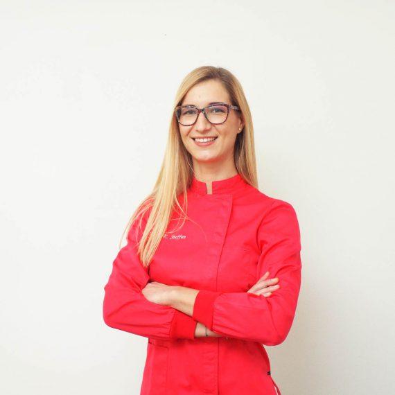 Eleonora Steffan dello Studio Dentistico Pasini Steffan Celant Rosso