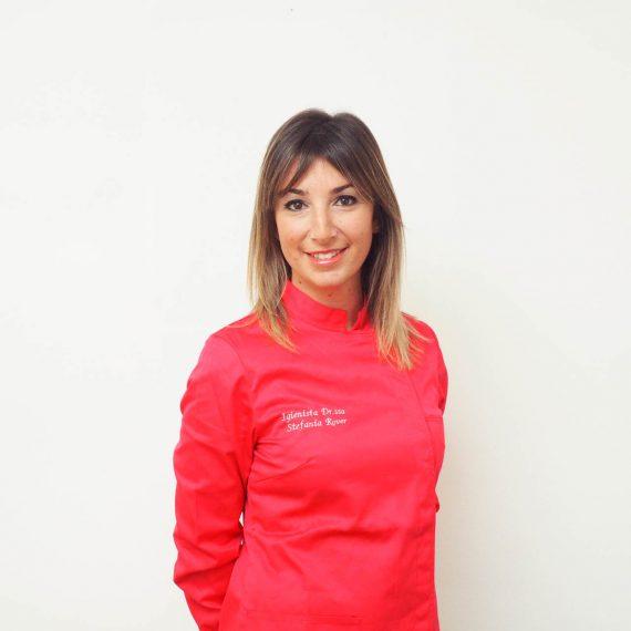 Stefania Rover dello Studio Dentistico Pasini Steffan Celant Rosso